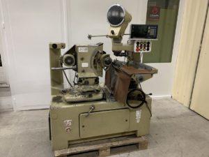 MACHINE A RECTIFIER LES PROFILS