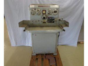MACHINE A RODER