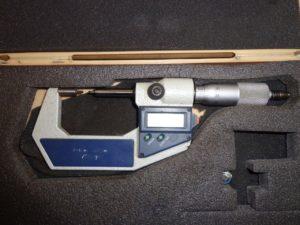 MICROMETRE DIGITAL MITUTOYO cap. 0-25 mm